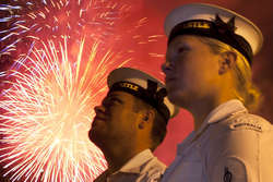 Fleet Fireworks Cocktail Cruise Captain Cook 3 thumbnail